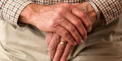 Ветеран войны открыл маленький бизнес в 93 года, чтобы помогать нуждающимся. И это настоящее благословение для них!