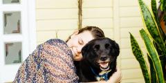 Прогулка с собакой могла стать последней для её хозяйки. Сообразительность и реакция пса спасли ей жизнь