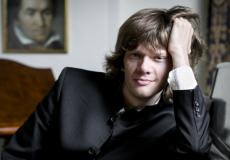 Арсентий Харитонов — лауреат первой премии Национального конкурса композиторов. Интервью