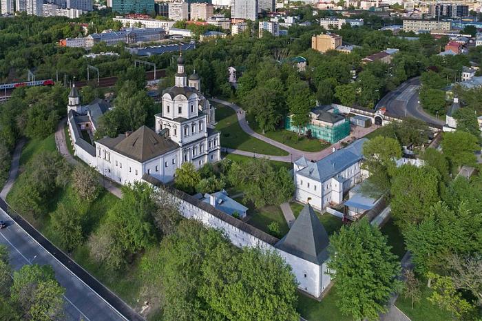 Пять мест вМоскве, где как будто попадаешь впрошлое