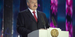 Лукашенко подписал декрет опередаче власти вслучае его насильственной смерти