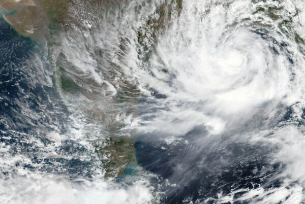 Циклон Yaas приближается к восточному побережью Индии, 25 мая 2021 года.