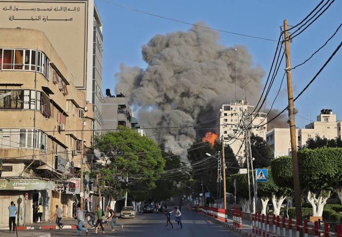 Израиль нанёс удары по сектору Газа, нарушив режим прекращения огня