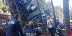 Кабина канатной дороги упала с высоты 1,5 км в Италии. Погибли 14 человек