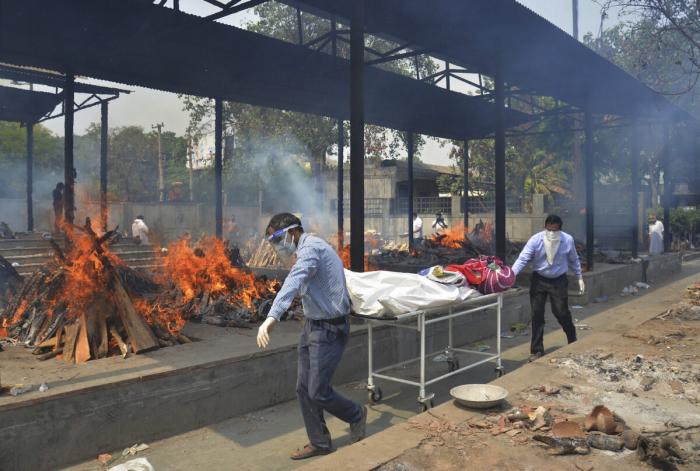 Пожар в больнице Индии унёс жизни 18 пациентов с COVID-19