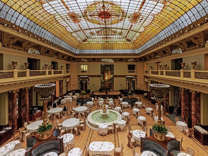 Ресторан отеля «Метрополь