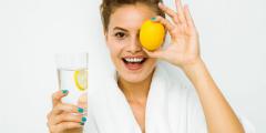 Лимонная вода очищает организм и наполняет жизненной силой