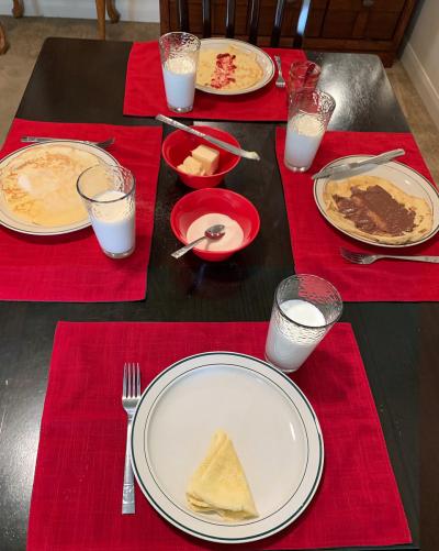 Семейный стол: норвежские блины в праздники и в будни. (Фото представлено Шарлоттой Кристиансен МакДональд, Солт-Лейк-Сити, Юта)