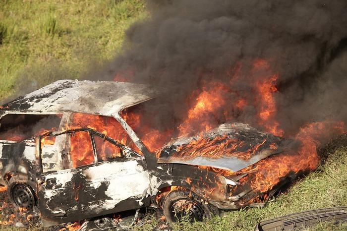 На границе Чечни и Ингушетии вооружённые люди избили экологов и сожгли их автомобиль
