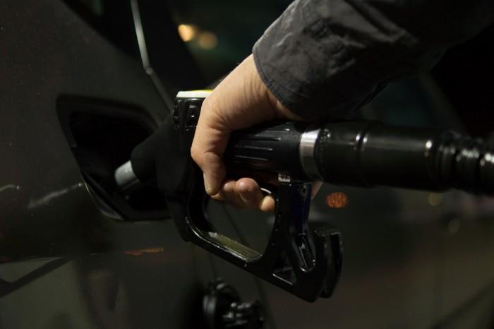 ВРоссии эксперты прогнозируют временное снижение цен набензин