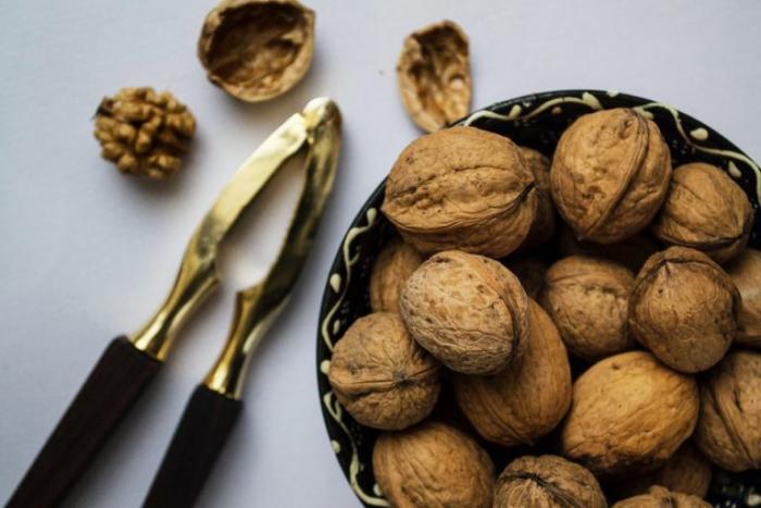 Польза грецкого ореха неоспорима.