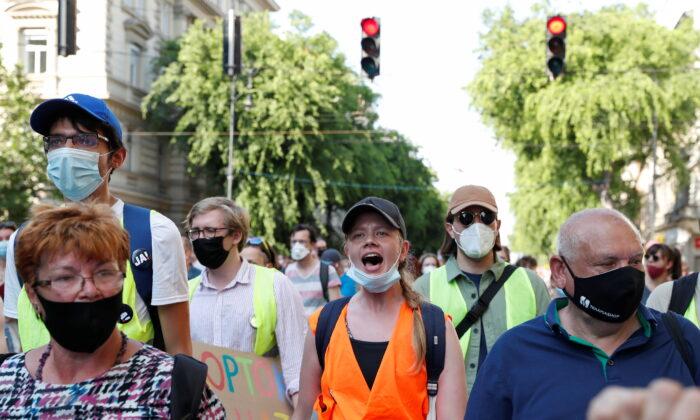Венгры протестуют против строительства кампуса китайского университета