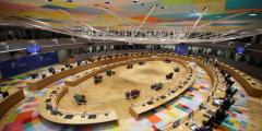 Евросоюз неподдержал инициативу Германии иФранции опроведении саммита сРоссией