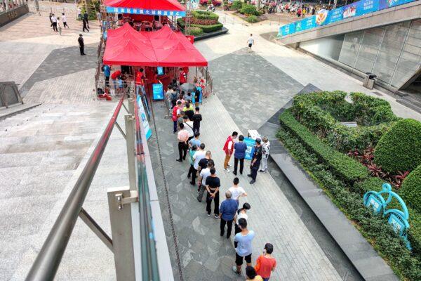 Крупные города в китайской провинции Гуандун вновь пострадали от COVID-19, несмотря на драконовские меры изоляции