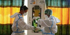 Сотни вакцинированных индонезийских медиков заболели COVID-19, десятки госпитализированы