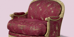 Парижское кресло XVIII века, нетронутое временем