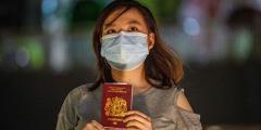 Жители Гонконга массово эмигрируют в Великобританию и Канаду