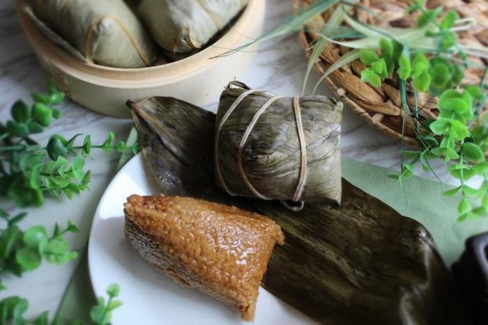 chinese sticky rice dumpling zongzi boat race festival 768x512 1 e1623482201798 - Фестиваль лодок-драконов: удивительные истории и традиции