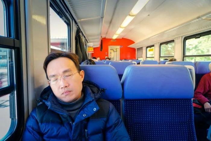 Почему китайцы любят вздремнуть после обеда?