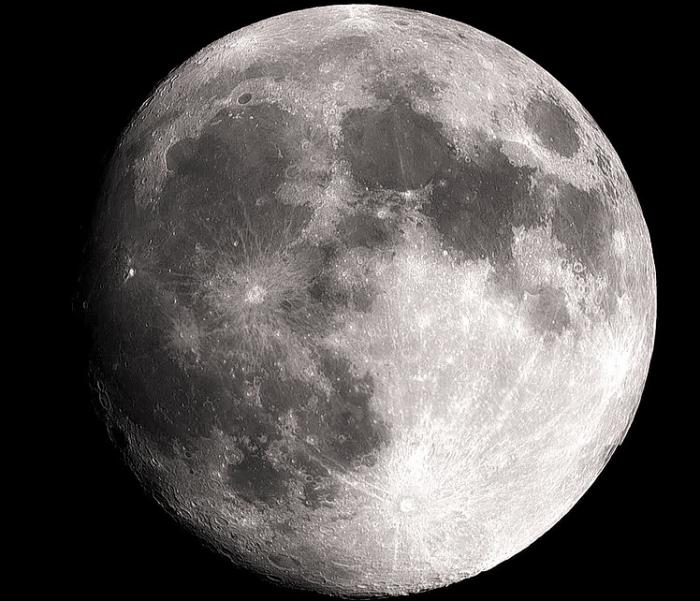 Стремление Китая к превосходству в космосе ускорило планы США по высадке на Луну