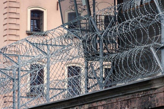 Освобождённые заключённые в Индии отказались покидать тюрьму