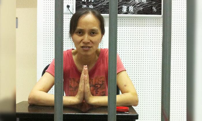 «Коммунизм проник в Америкуи весь мир», — предупреждает бывшая узница совести в Китае