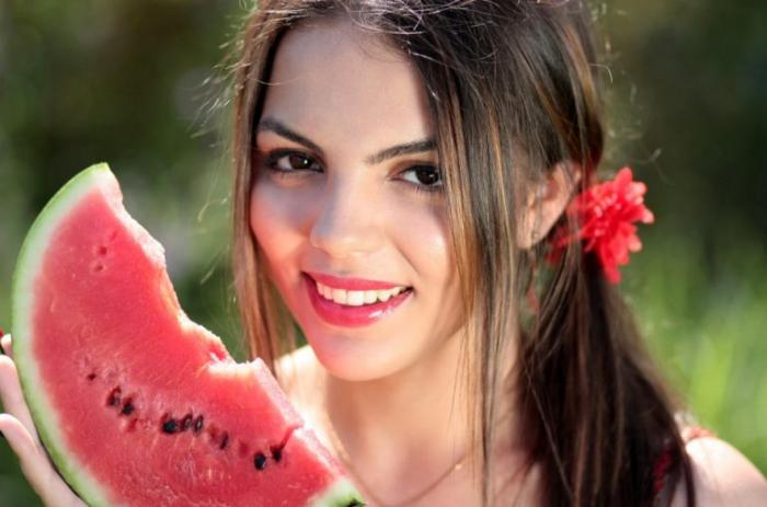 Летом организму необходимы продукты красного цвета