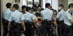 США ввели санкции против китайских чиновников за подавление демократии в Гонконге