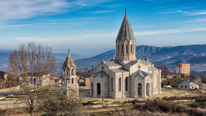 Армяне и церкви Нагорного Карабаха всё ещё в осаде