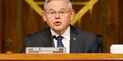 Сенатор призывает положить конец 22-летнему преследованию последователей Фалуньгун вКитае