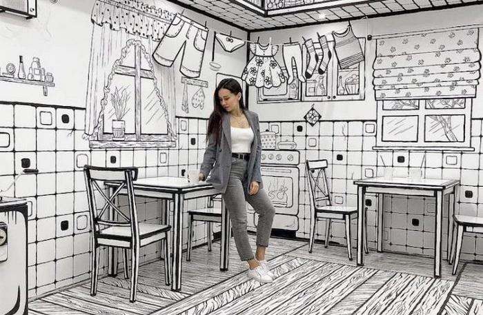 В кафе комиксов не проходит ощущение плоского пространства