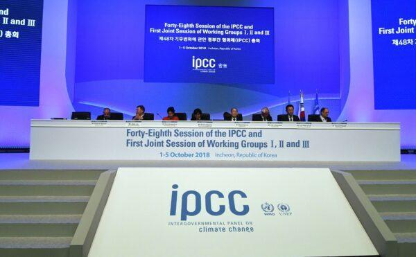 Хитроумные объяснения происхождения Covid схожи с дебатами по поводу изменений климата