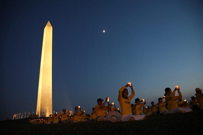 Epoch Times 9A6A1331 1200x800 2 - Фотогалерея: Марш последователей Фалуньгун в Вашингтоне призывает к прекращению 22-летнего преследования в Китае