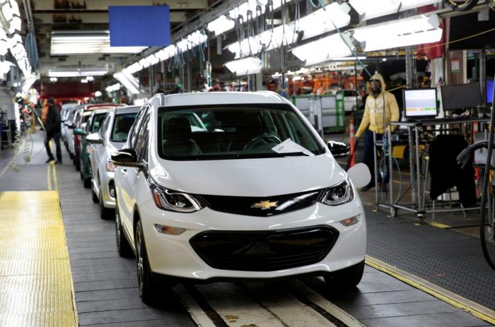 GM отзывает почти 69000 электромобилей Bolt из-за риска возгорания