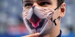 Евгений Рылов взял второе золото Олимпиады, установив рекорд