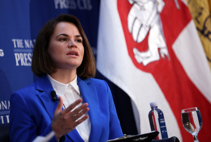 ВСША конгрессмены межпартийной группы «Друзья Беларуси» встретились сТихановской