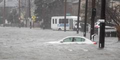 В Крыму объявили штормовое предупреждение на 12-13 июля