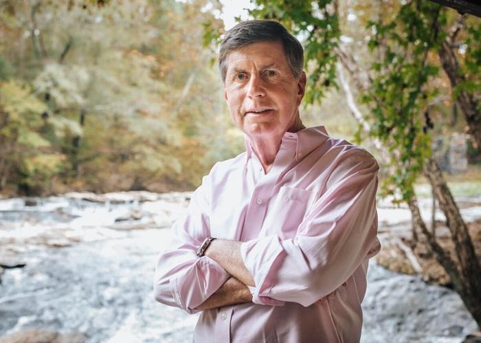 От юриста до острова Хоппер: писатель в раю