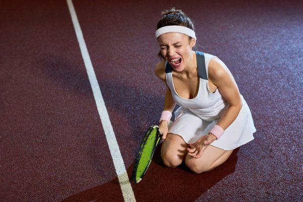 ankle sprain or broken ankle scream 600x401 1 - Первая помощь при растяжении связок голеностопного сустава