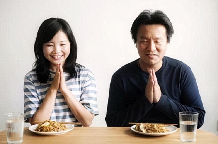 Японский ритуал перед обедом «итадакимасу»