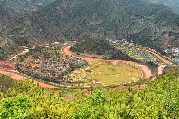 10 удивительных мест, которые стоит посетить в китайской провинции Юньнань