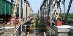 Транссибирский железнодорожный мост обрушился из-за  дождей