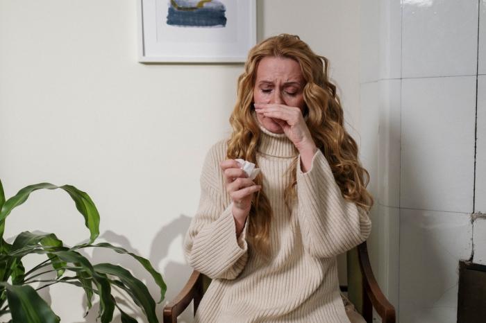 pexels cottonbro 6865169 e1625552238695 - Медикаментозное и естественное лечение аллергии