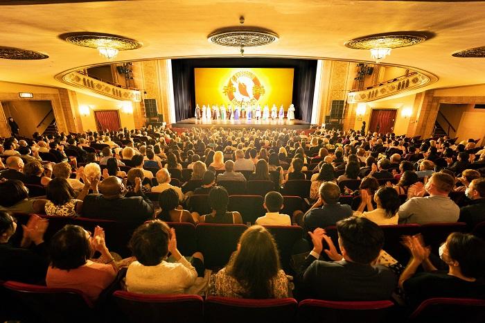Зрители о выступлении Shen Yun: Это просто феноменально
