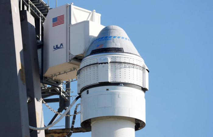 Boeing отложил ключевой испытательный полёт в космос из-за сбоя
