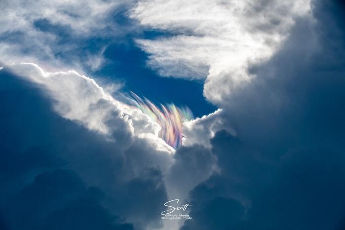 Мыс Канаверал: цветовая игра облаков перед штормом