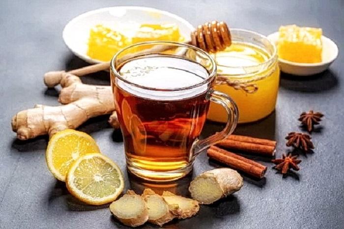 Имбирный чай поможет уменьшить дискомфорт при ПМС