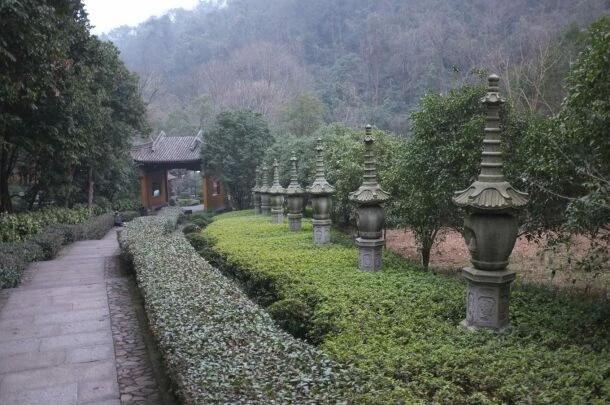 Традиционная китайская история: Летающая гора