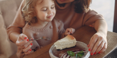 Почему важно следить за питанием детей? Советы родителям