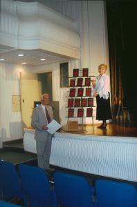 Перед презентацией книжной серии *Россия забытая и неизвестная* в *Русском доме* в Белграде (Сербия), 4 июня 2005 г.